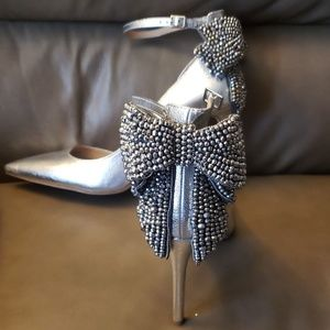 NWT Silver heels with Silver Studded Bow